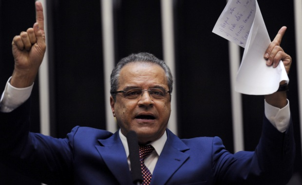 Henrique Alves critica bancada federal por corte de emenda para Natal