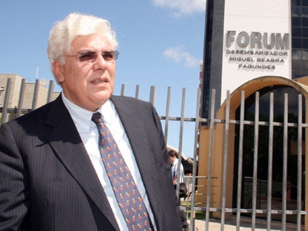 """Após deixar prisão, ex-governador Fernando Freire avisa: """"Há muito a ser dito"""""""