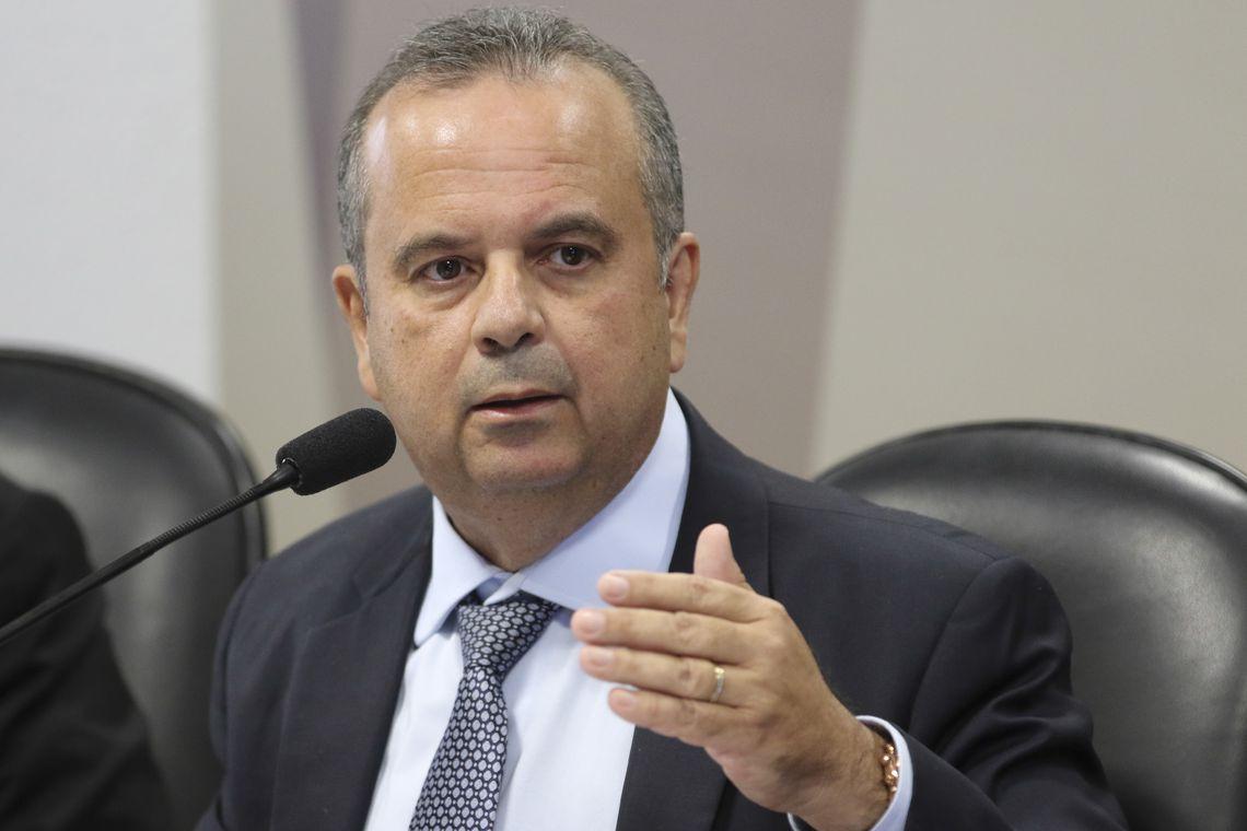 Governo anuncia fim do eSocial e criação de novo sistema para 2020