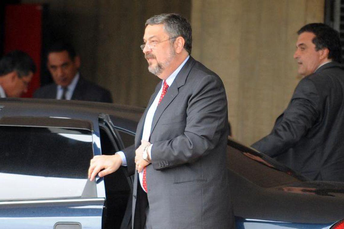 Ex-ministro de Lula, Antônio Palocci será solto