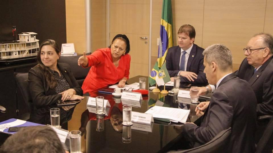 Bolsonaro libera R$ 132,8 mi para obras na ponte, Oiticica e Roberto Freire