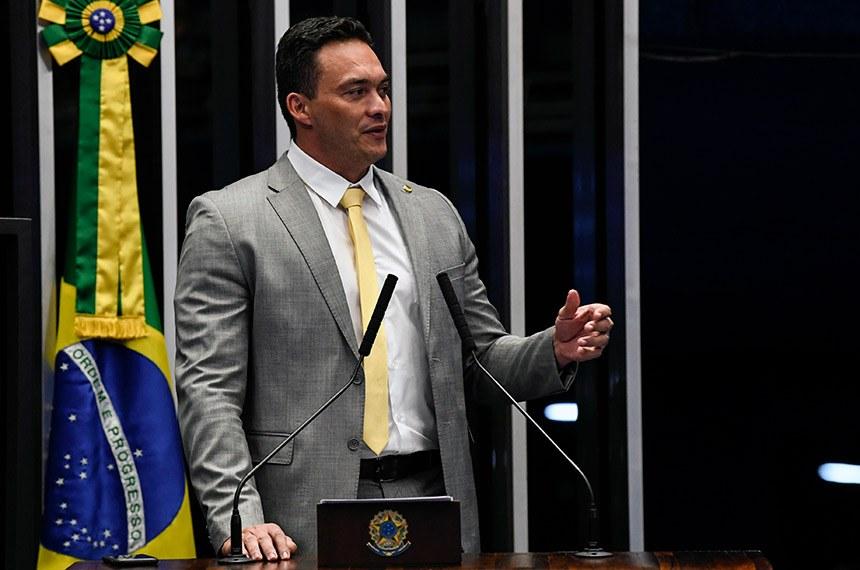 Styvenson cobra extradição de foragido brasileiro nos Estados Unidos