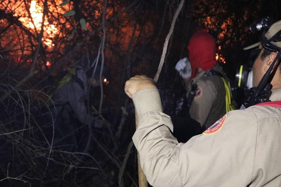 Bombeiros neutralizam incêndio e descartam risco do fogo atingir Santuário no RN