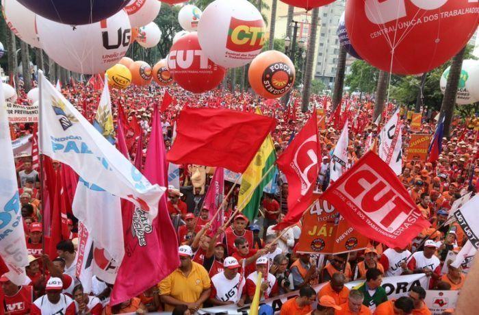 Sem imposto sindical, pedidos de abertura para novos sindicatos caem 72%