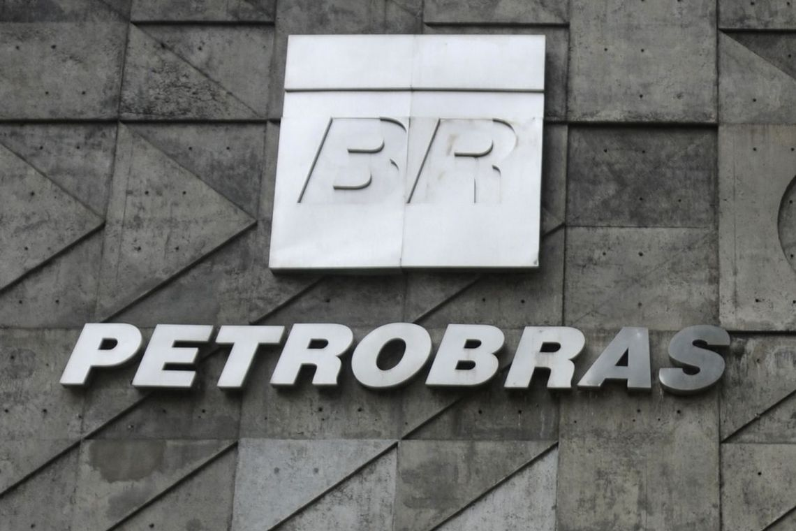 Petrobras lança terceiro programa de demissão voluntária