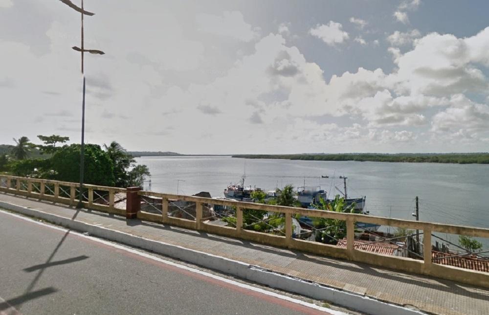 Corpo sem cabeça é encontrado boiando no Rio Potengi