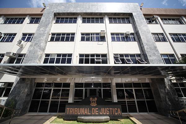 TJ condena 10 pessoas envolvidas em organização criminosa e tráfico de drogas
