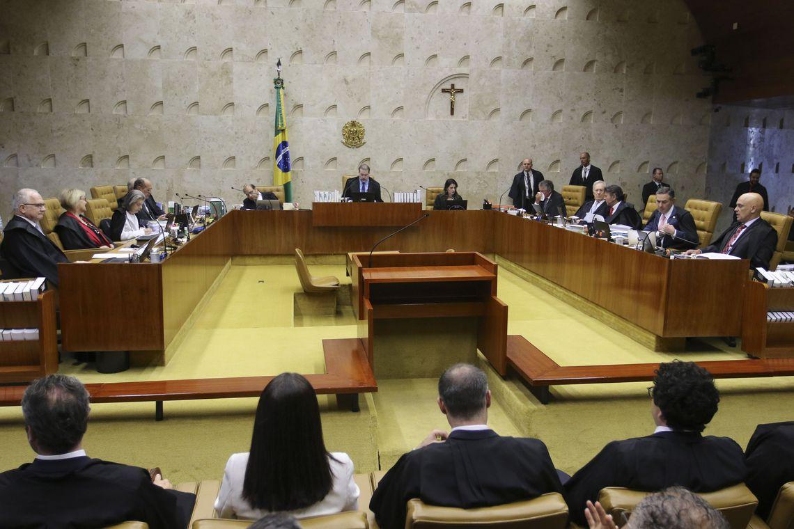 Pesquisa aponta que 70% dos brasileiros apoiam prisão em segunda instância
