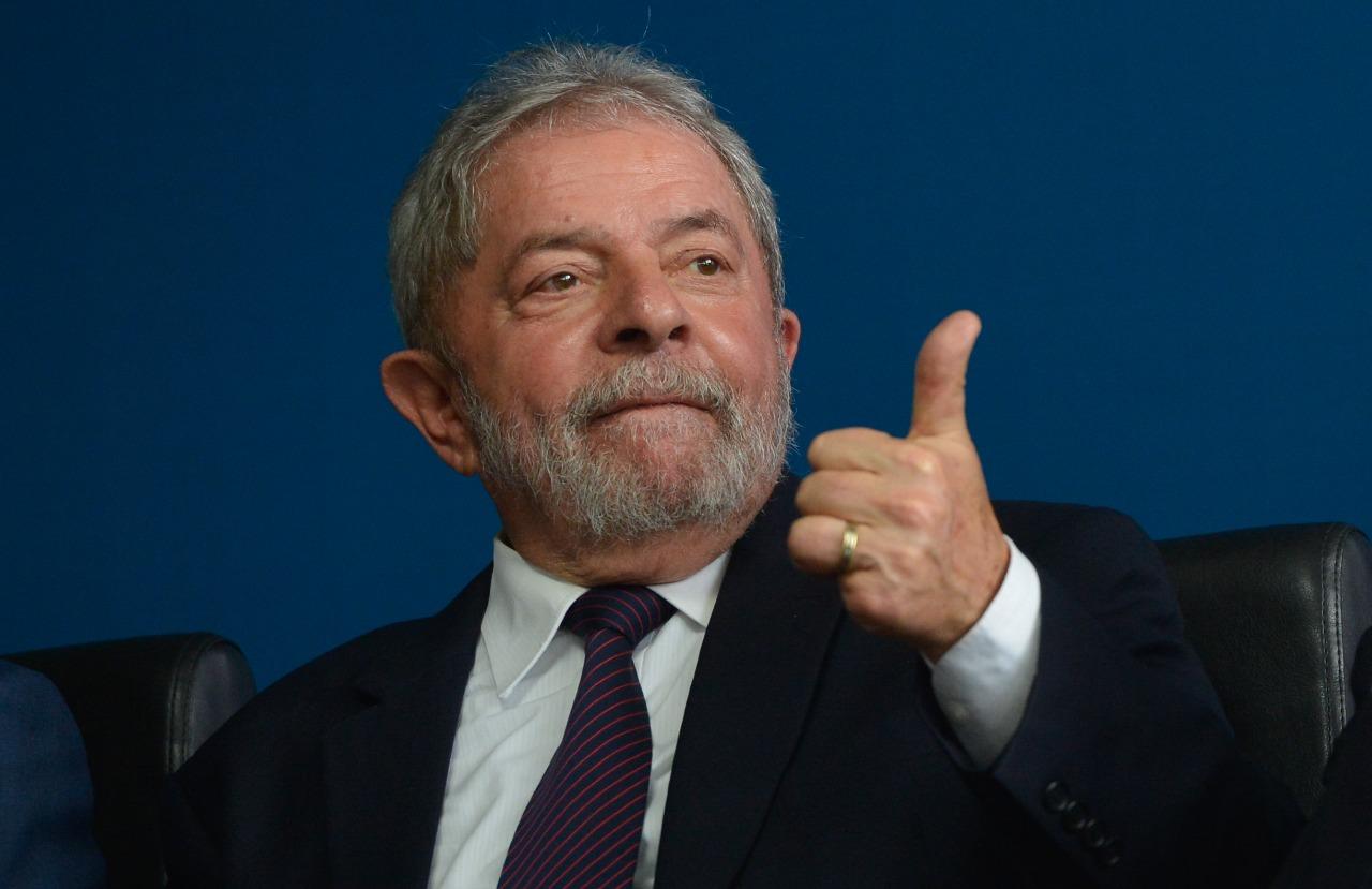 Após decisão do STF, defesa de Lula vai pedir soltura imediata