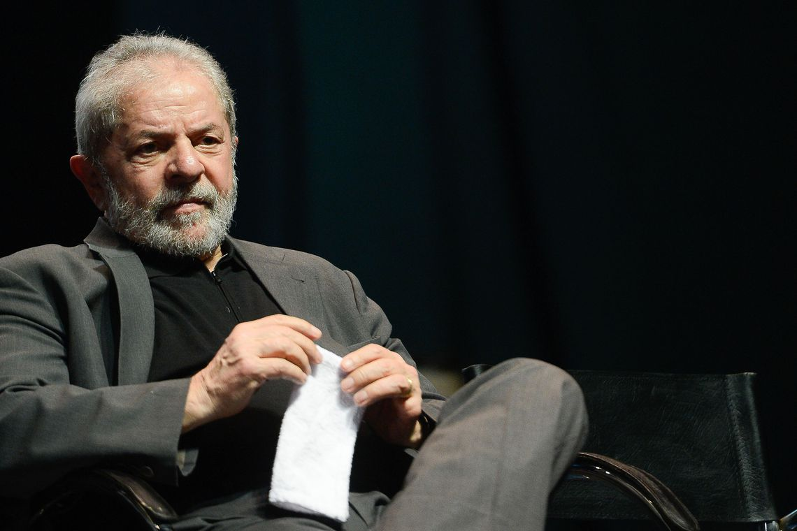 Quatro dias após deixar cadeia, Lula é alvo de três pedidos de prisão preventiva
