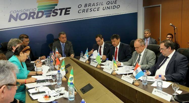 Girão: Consórcio Nordeste fez tour pela Europa e farra com dinheiro dos Estados