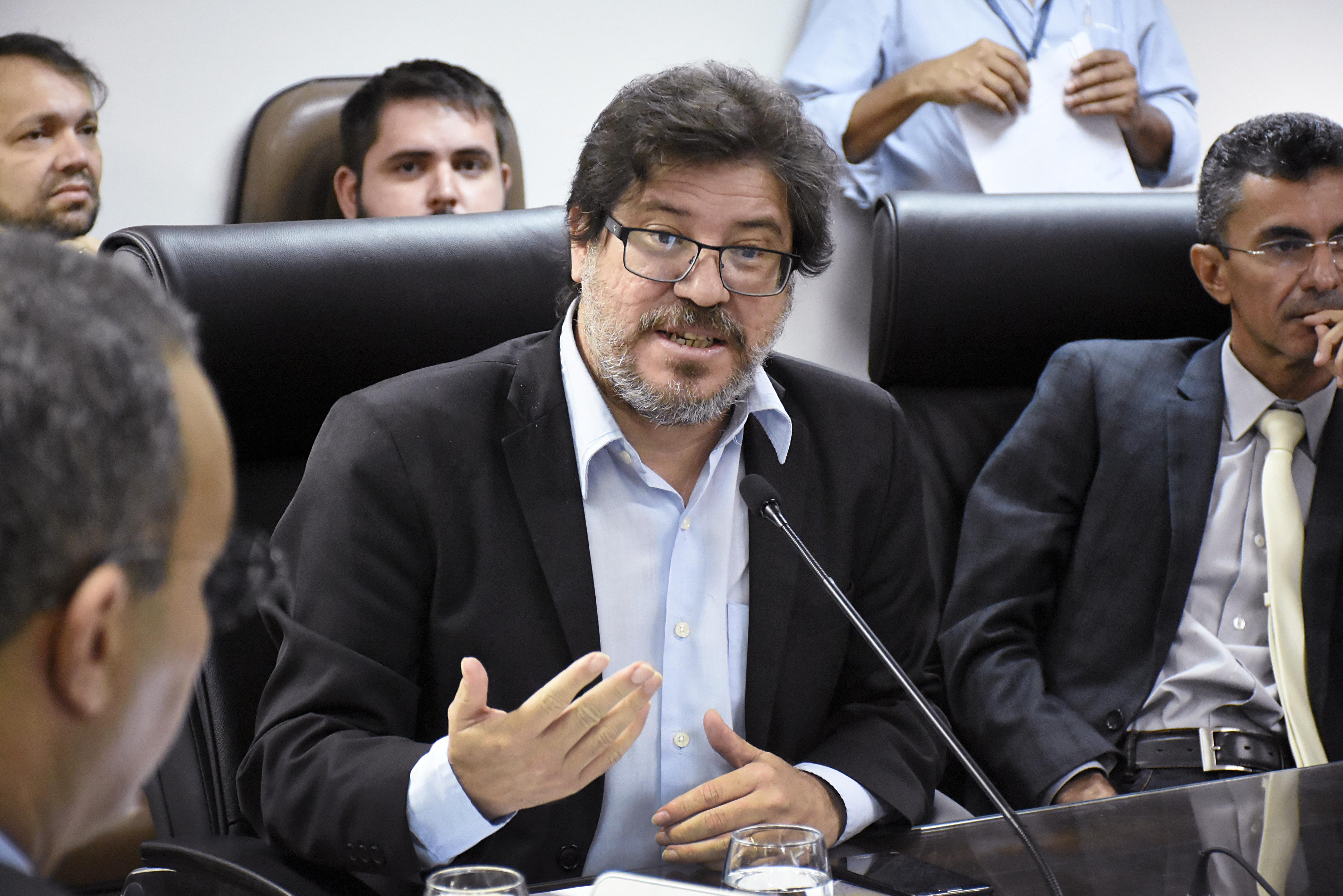 RN consegue antecipar royalties do petróleo para pagar 13º dos servidores
