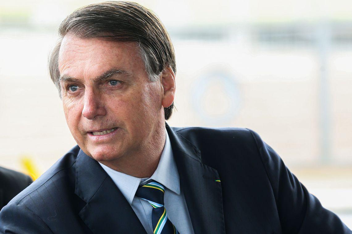 Bolsonaro faz exame para investigar possível câncer de pele