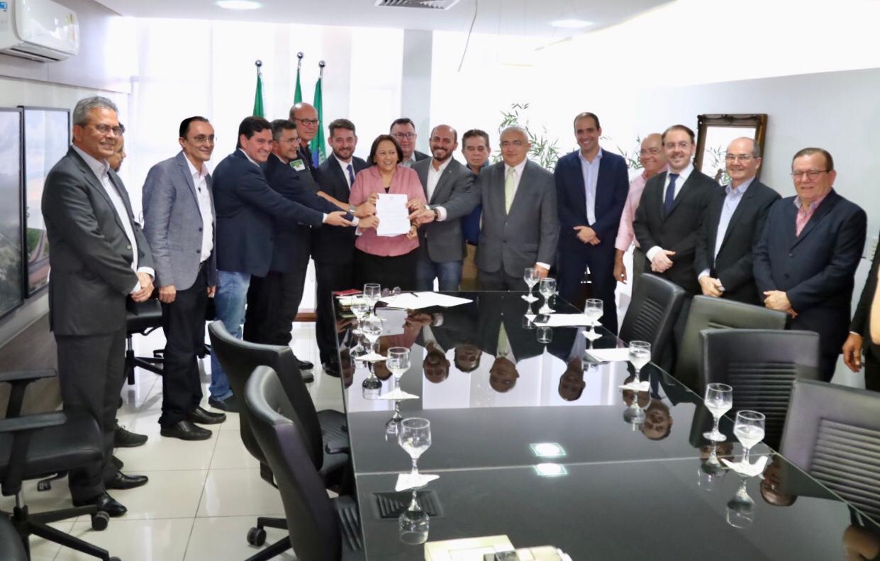 Fátima sanciona projeto que isenta de IPVA compra de motos com 155 cilindradas