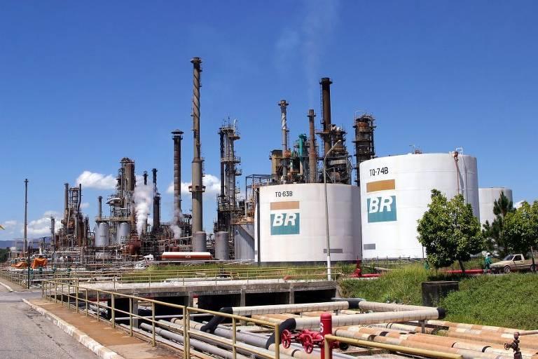 Petrobras anuncia que aposentado será desligado da empresa