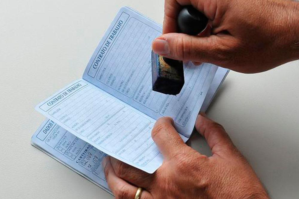 País cria 644.079 vagas com carteira em 2019, melhor resultado em 6 anos