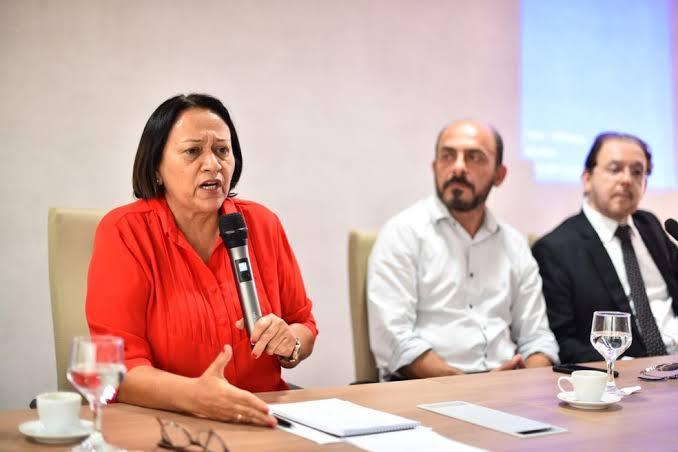Fátima discute 'Previdência' em fórum de servidores; sindicatos prometem greve