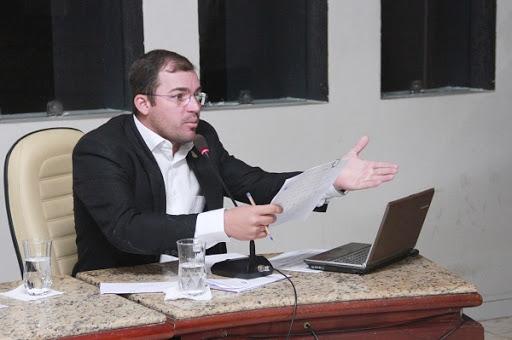 MP/RN pede perda de mandato de vereador por uso de atestado falso em comissão
