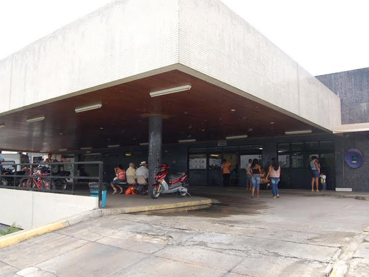 Sindsaúde: Servidores do Walfredo estão sem comida e pacientes nos corredores