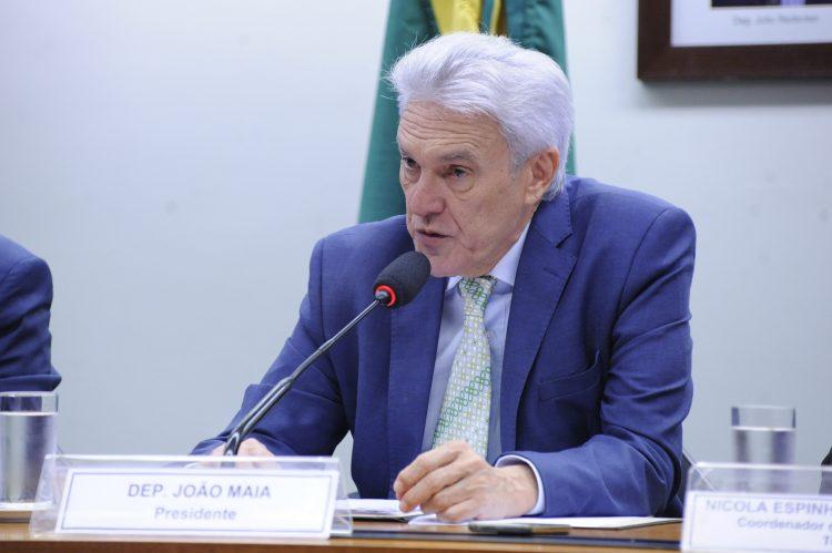 Projeto de João Maia ganha força para mudar Marco legal da TV paga
