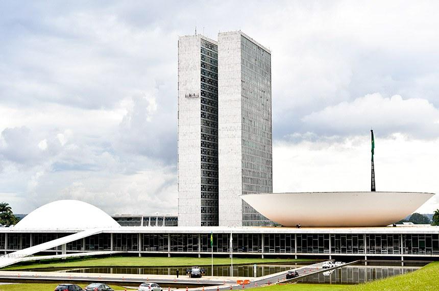 Senador diz que Governo Bolsonaro tem razão: Tem muito chantagista no Congresso