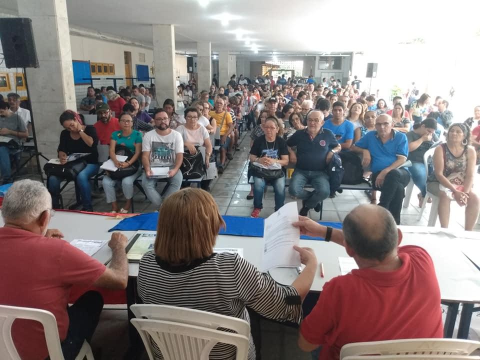 Sob ameaça de greve, Governo do RN garante reajuste de 12,84% a professores