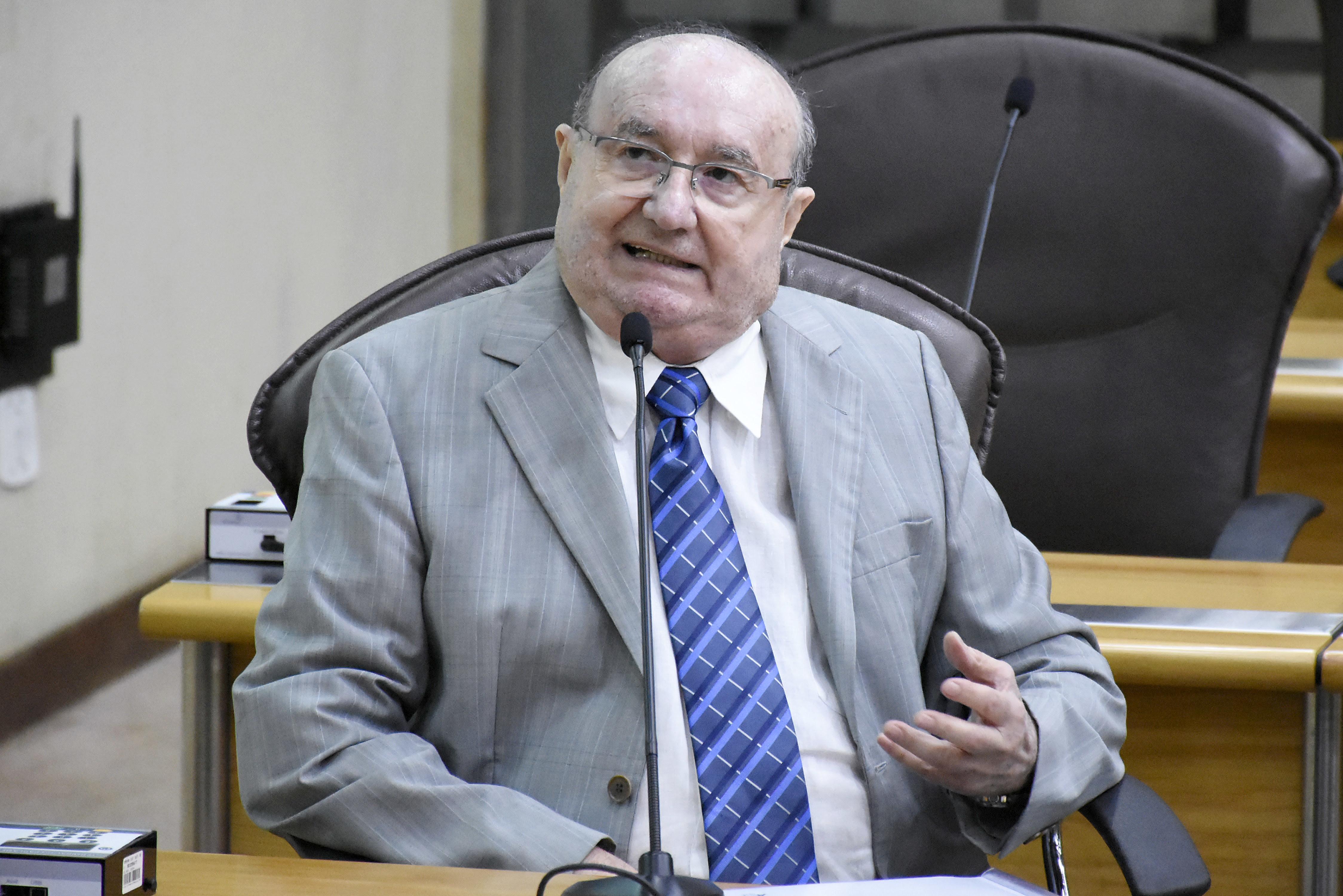"""""""Essa reforma é criminosa"""", diz José Dias sobre Previdência"""