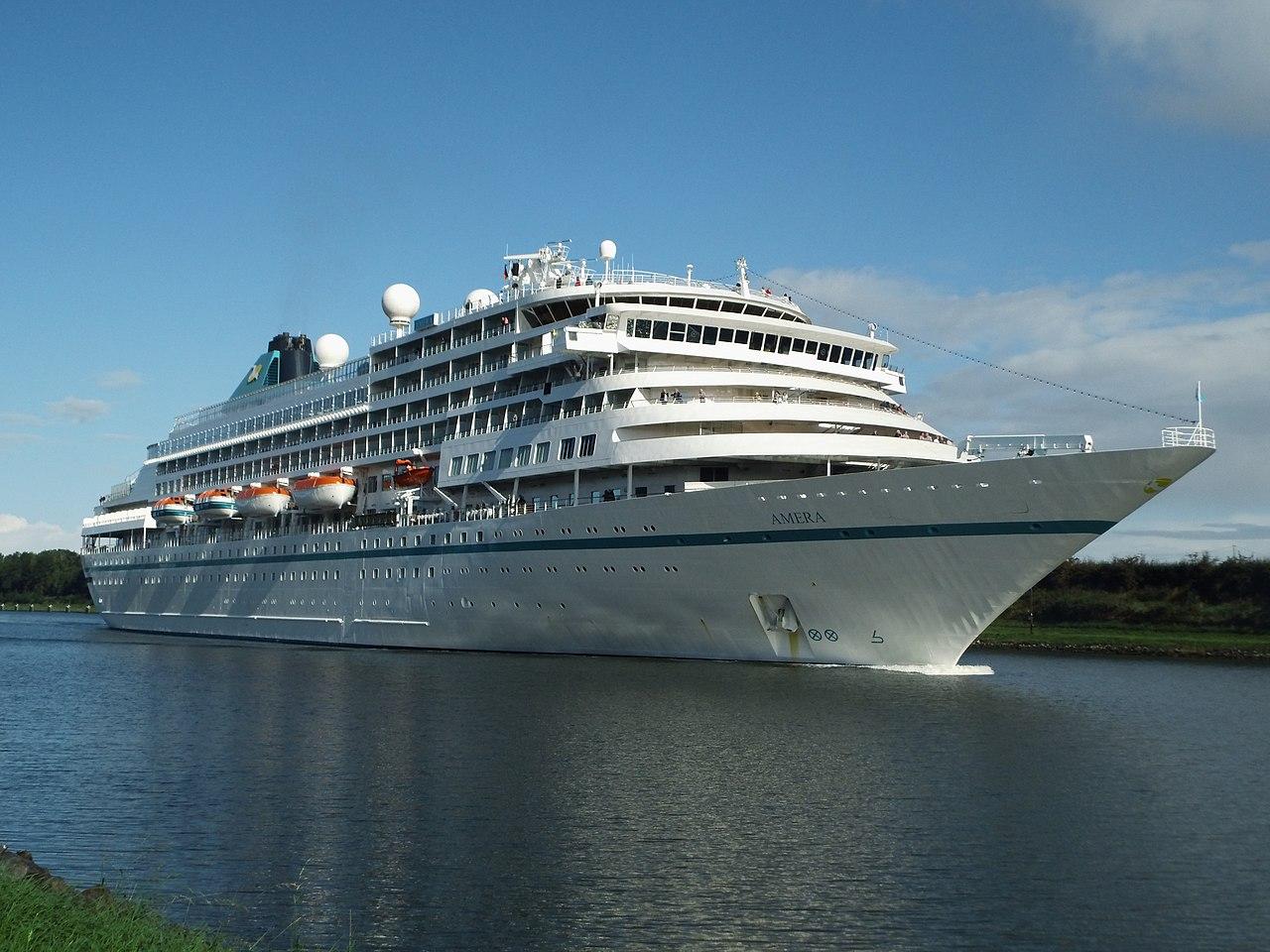 Navio da França com 578 turistas vem a Natal; país teve 30 mortes por covid-19