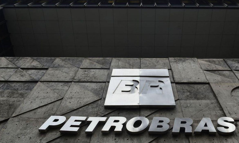 Petrobras reduz preço da gasolina, do diesel e do gás de cozinha
